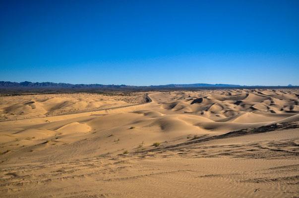 Fahrt Richtung Baja California, México - Sanddunes in Kalifornien