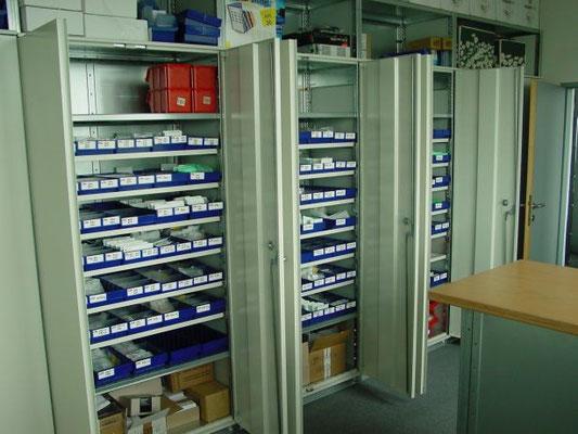schließbare Schränke (für Kleinteilelagerung) Schrank verschließbar - zu kaufen bei lagerconsulting.at