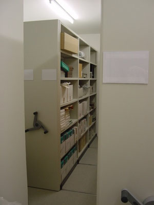 Archivlager - Regal fahrbar - Wir liefern und montieren Regale & Regalsysteme namenhafter Hersteller