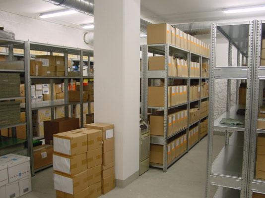 Kellerregal (Akte, Kisten, Schachteln)