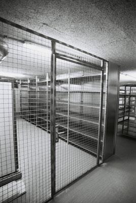 Gittertüre Lager
