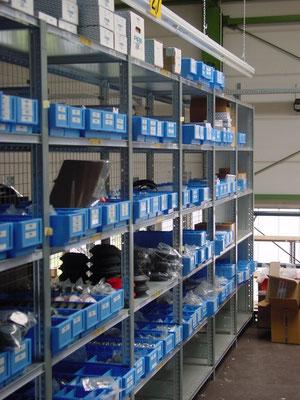 Lagerregale (Kleinteil-Lagerung) Lagerregal - Wir liefern und montieren Regale & Regalsysteme namenhafter Hersteller