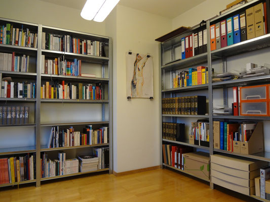 Fachbodenregal für Büro Bücher Akte