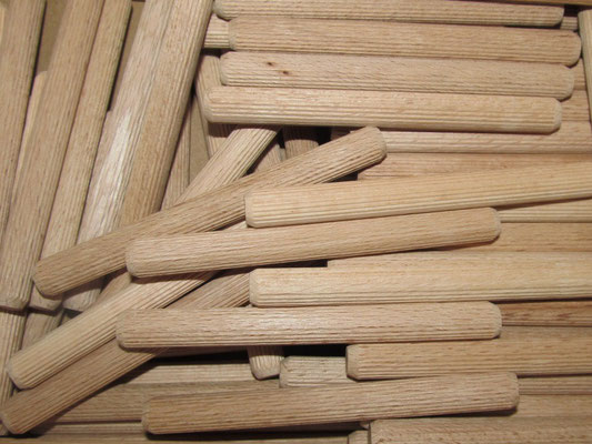 Holz-Dübel 10cm lang