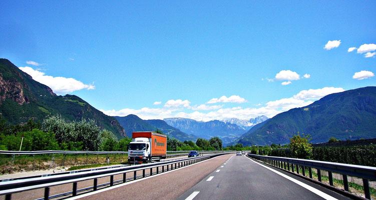 Auf der Autobahn Richtung Bozen