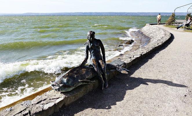 Die kleine Seejungfrau auf ihrem Waller