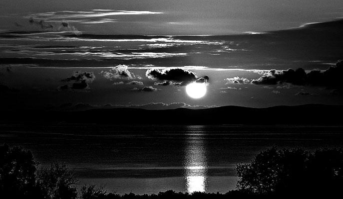 Sonnenuntergang in s/w