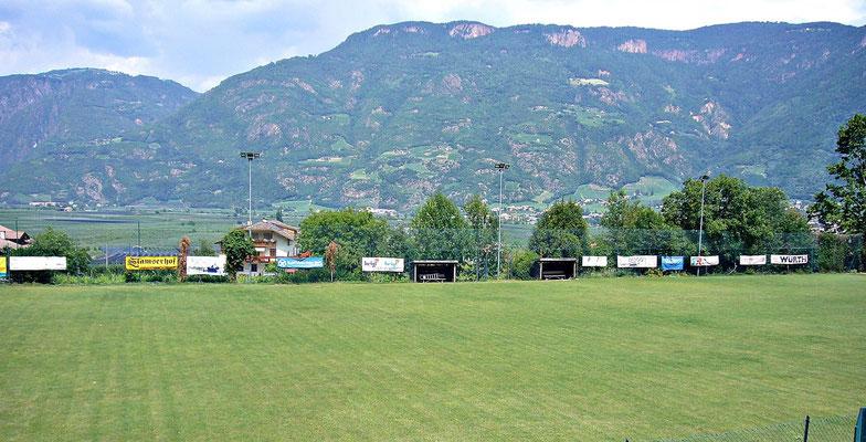 Fußballplatz von Auer