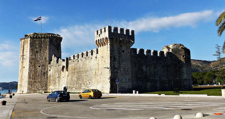 Die Festung Kamerlengo