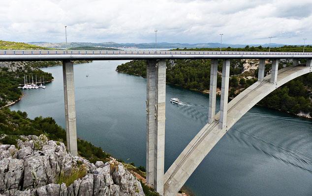 Autobahnbrücke bei Skradin