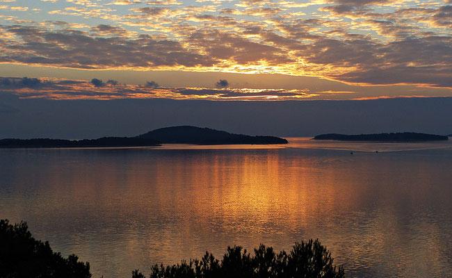 Der 1. Sonnenuntergang bei Pirovac