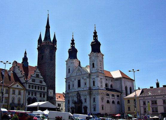 Jesuitenkirche und schwarzer Turm