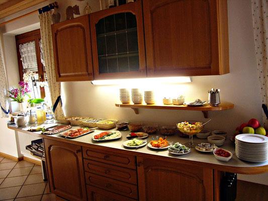 Frühstück im Haus Wiesenheim in Tramin