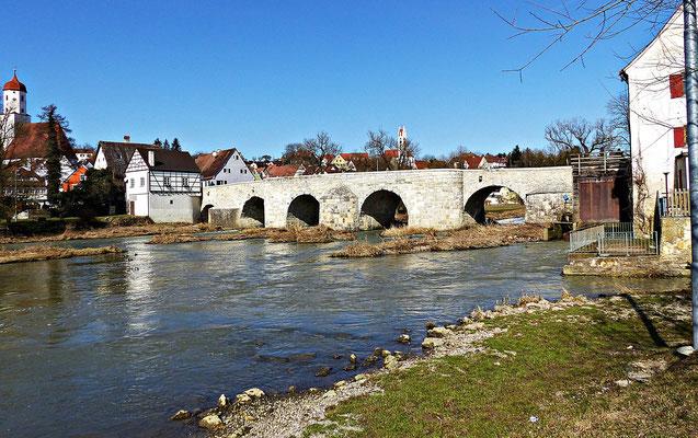 Wörnitzbrücke in Harburg