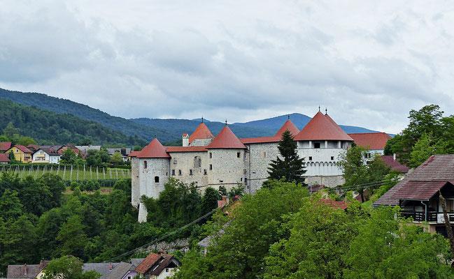Die Burg in Žužemberk