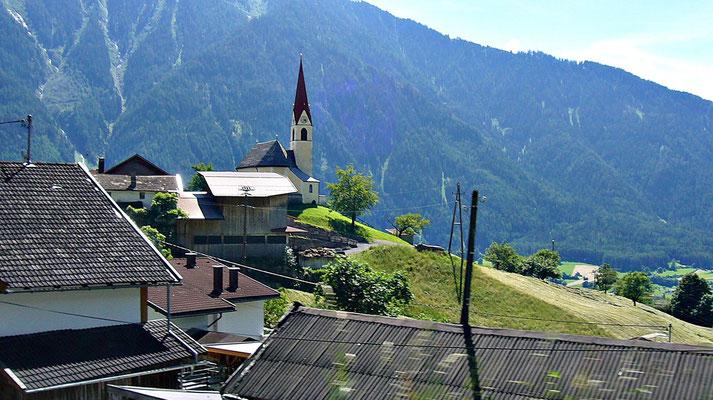 Die Kirche von Ötzerau