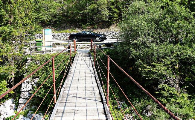 Hängebrücke über die Socca