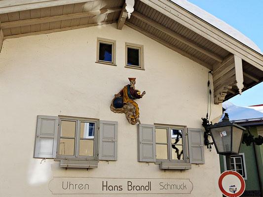 Holzschnitzerei in Garmisch