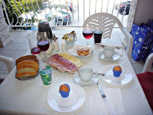 Frühstück bei Stani und Meri