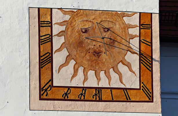 Sonnenuhr