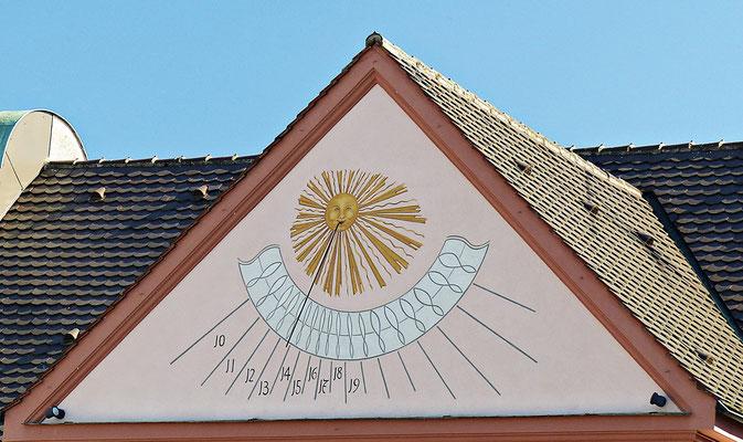 Sonnenuhr in Weißenhorn