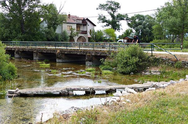 An der Cetina
