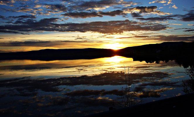Sonnenuntergang am Lipno Stausee