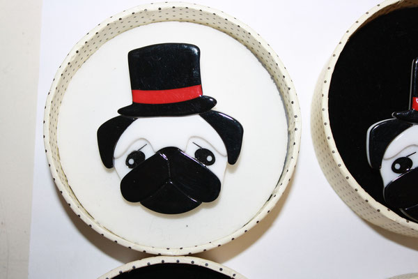 Don the Dapper Pug, 3x available, one tag. Brooch: €65, earrings €50