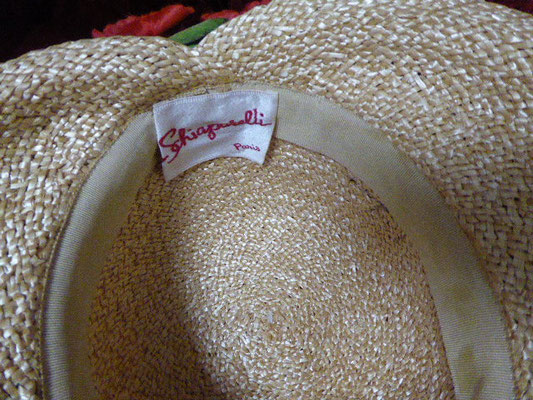 ELSA SCHIAPARELLI straw hat, fabulous condition, size 22. €430