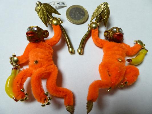 NIKI BODEN monkey earrings, clips €98