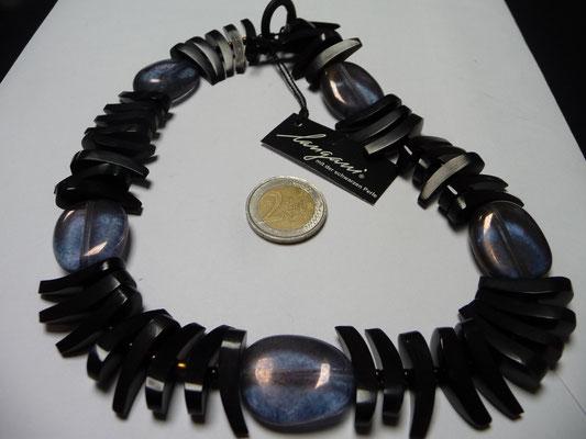 Langani Kette - Hornflügel, Rocaiilesperlen, Glaskiese, €178