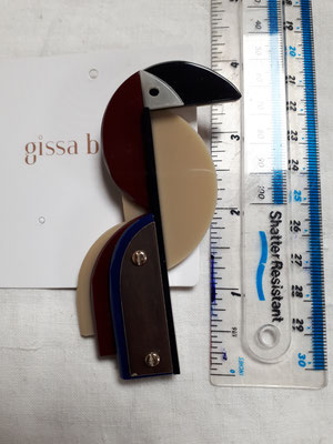 Laminated acrylic toucan brooch €160