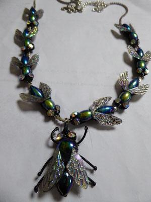 NIKI BODEN fly necklace €98