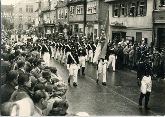 Bürgergarde Kalter Markt 1960 (Bild Stadtarchiv Schlüchtern)