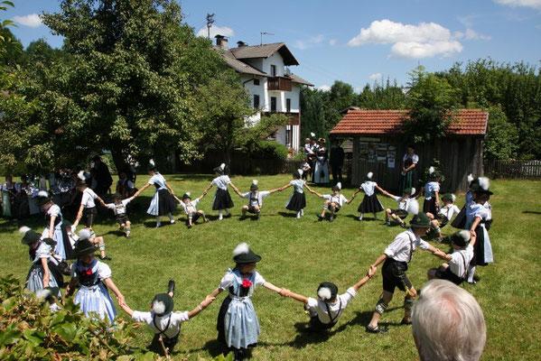 """Wettbewerb """"Unser Dorf hat Zukunft - Unser Dorf soll schöner werden"""" Kreisverband Rosenheim"""