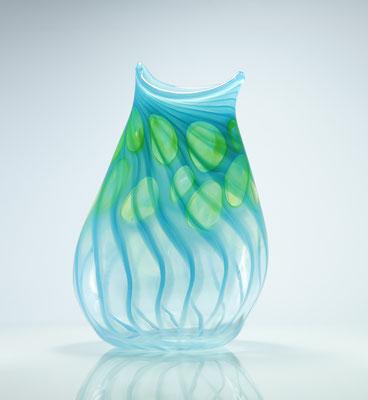Vase, mit Optikdekor, türkis mit resedagrünen Punkten, Höhe 27 cm, Breite 17,5 cm