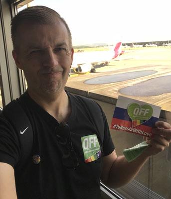 10:15 Uhr, Zürich Flughafen: Flugzeuge stehen ja genügend rum, leider nicht das richtige...