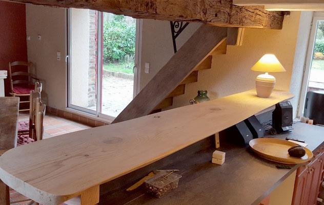 Table de BAR Planche brute de cèdre