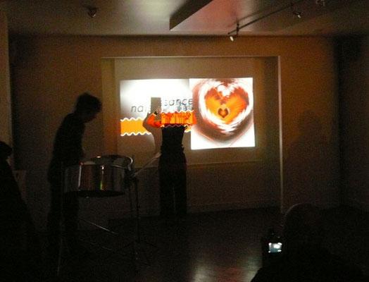 spectacle autour du coeur 1 Christophe Brégaint au steelpan et Sylvie Drussy