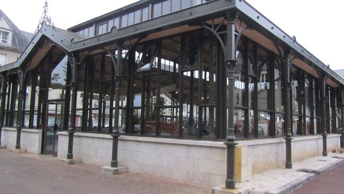Belle halle marché couvert Vendôme