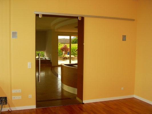 hochwertige glast ren glaserei sch nbrunn wels. Black Bedroom Furniture Sets. Home Design Ideas