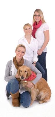 gruppenfoto mit hund