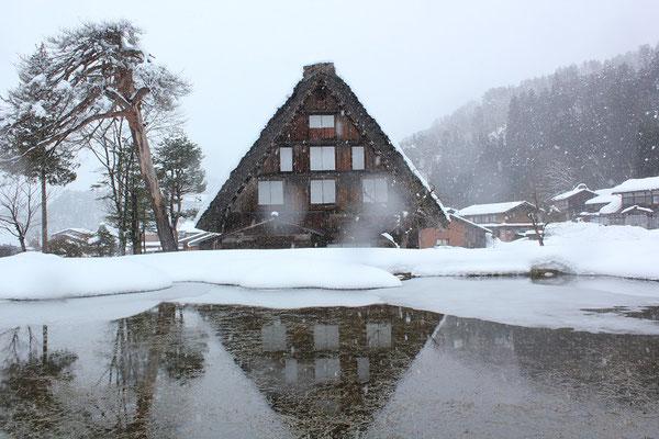 白川郷(冬)