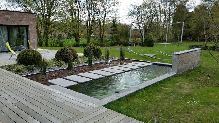 Bassins et viviers koi les jardins de la scarpe for Bassin vivier