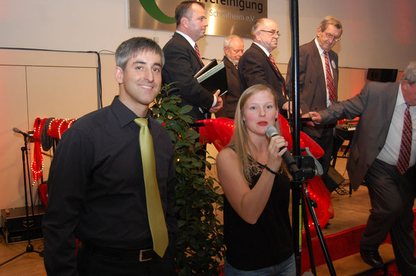 Das Moderatoren Duo Franziska Dygutsch und Andreas Schmidt