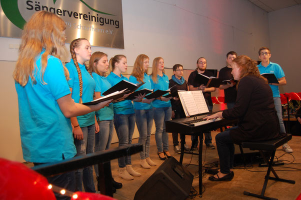 Lucky Voices, der jüngste Chor der Sängervereinigung Schaafheim mit Chorleiterin Christina Krapp