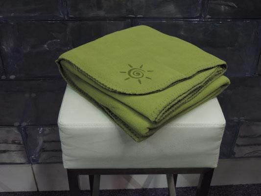 Gastronomie Fleece Decke grün für Terrasse