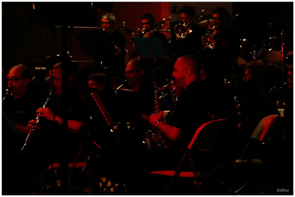 Le Big Band 32, Or et Rouge