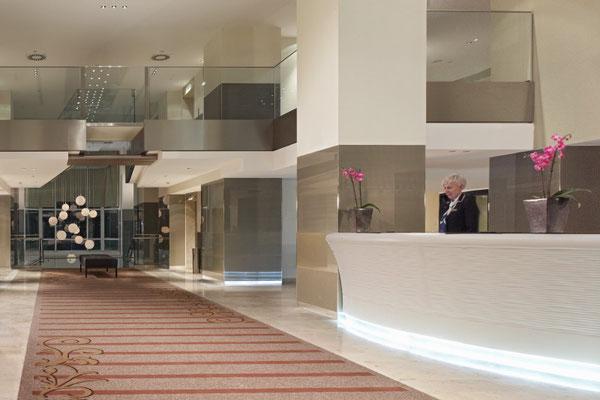 Hilton Vienna Danube Waterfront, Axminster Teppich