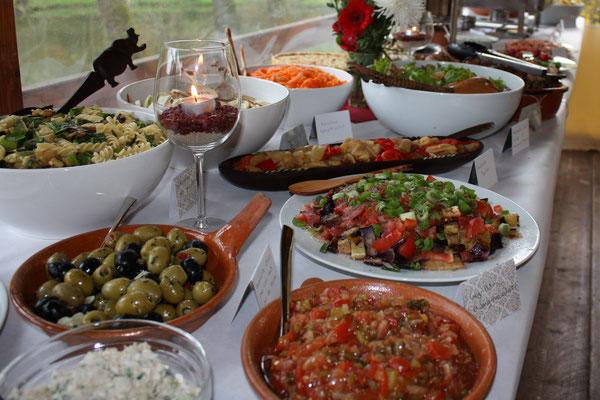 Abwechslungsreiche Buffets für Firmenevents und Familienfeiern